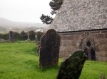 Tilting headstones